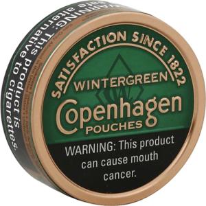 Copenhagen tabaco para mascar, sabor wintergreen vista de frente mascar